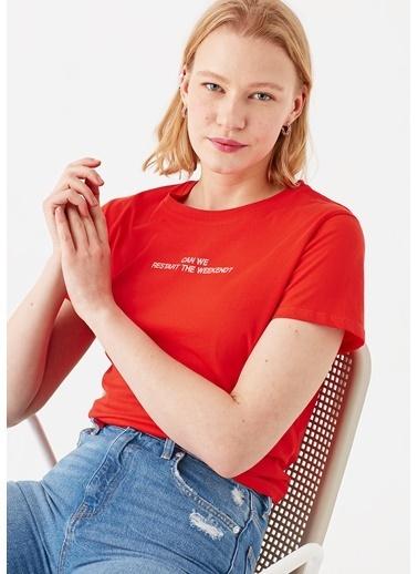 Mavi Weekend Baskılı Kırmızı Tişört Kırmızı
